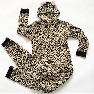 Other - 🌵 4 | $30 Leopard Print Onesie
